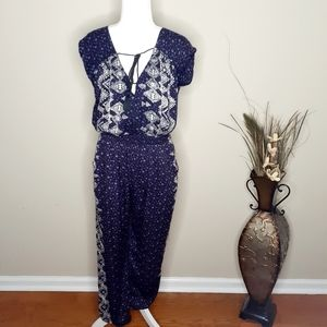 Ecote Urban Outfitters Floral Jumpsuit Size Small